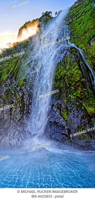 Stirling Falls, Milford Sound, Fiordland National Park, Te Anau, South Island, New Zealand