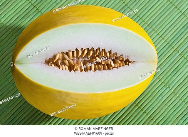 Honeydew melon, close-up
