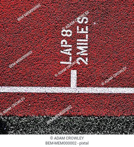 Lap marking on track