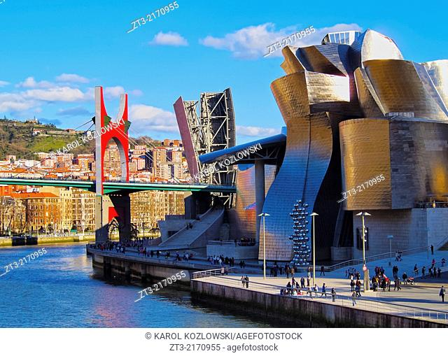 Nervion River and The Guggenheim Museum in Bilbao, Biscay, Basque Country, Spain