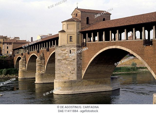 Covered bridge, 14th-20th century, Pavia, Lombardy, Italy
