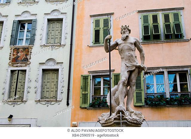 Battisti square and Neptune Fountain, Rovereto, Italy
