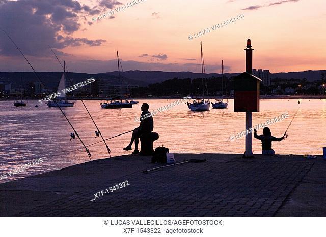 Palamós  Port Fishermen  Costa Brava  Girona province  Catalonia  Spain