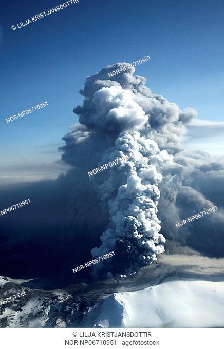 Volcanic eruption in South Iceland, image shot 18. April 2010