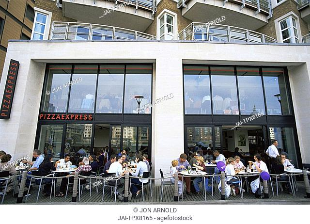 England, London, Bankside, Restaurants and Apartments