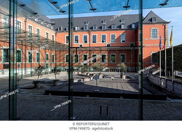 Namur - 26 ocotober 2016 Waals Parlement Walloon Parliament Parlement Wallon face a la Meuse. Credit: JMQuinet / Reporters Reporters / QUINET