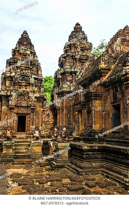 """Banteay Srei or Banteay Srey (""""""""Citadel of the Women"""""""") is a 10th-century Cambodian temple dedicated to the Hindu god Shiva"""
