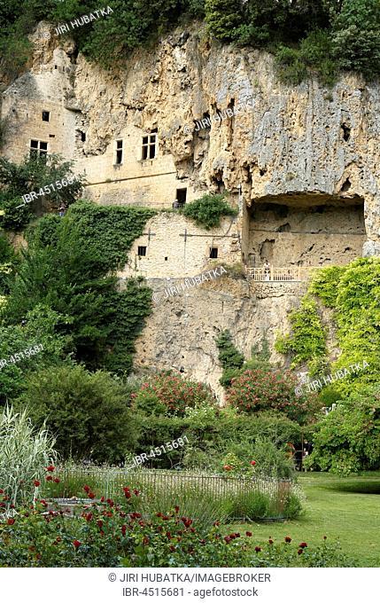 Villecroze cave dwellings, Var department, Provence-Alpes-Côte d'Azur, France