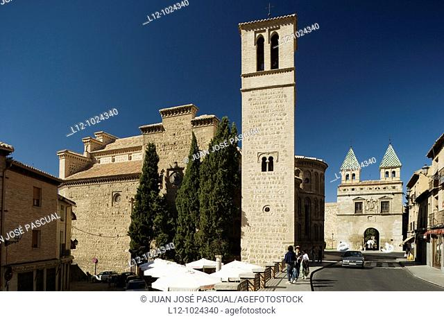 Santiago Church and Bisagra Gate, Toledo, Toledo province, Castilla la Mancha, Spain