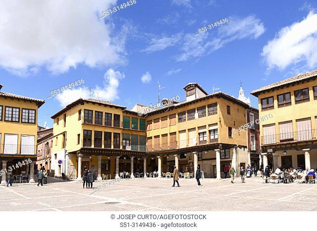 Main Square of Tordesillas, Valladolid province, Castilla y Leon, Spain