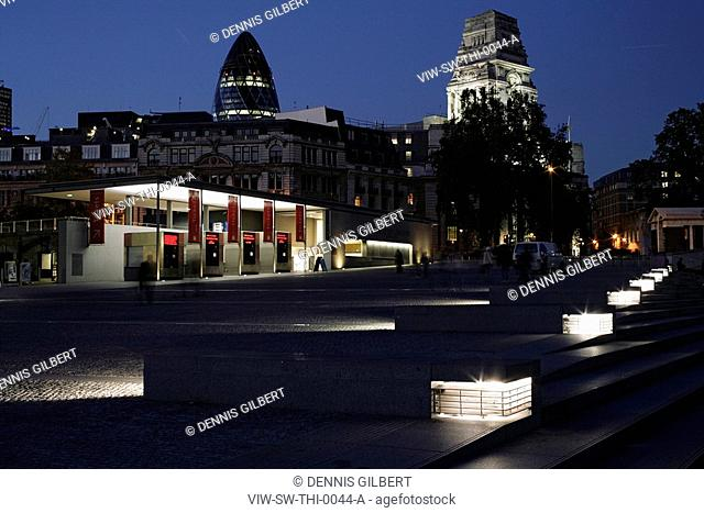 TOWER HILL BY NIGHT, TOWER OF LONDON, LONDON, EC3 FENCHURCH, UK, STANTON WILLIAMS, EXTERIOR, BENCHES, TICKET BOOTHS AND SWISS RE