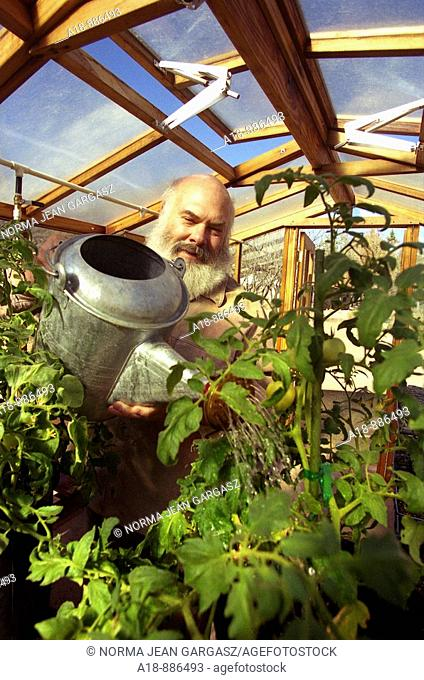 Alternative medicine advisor and practitioner of integrative medicine, Dr  Andrew Weil, grows organic tomatoes and other produce at his home in Vail, Arizona