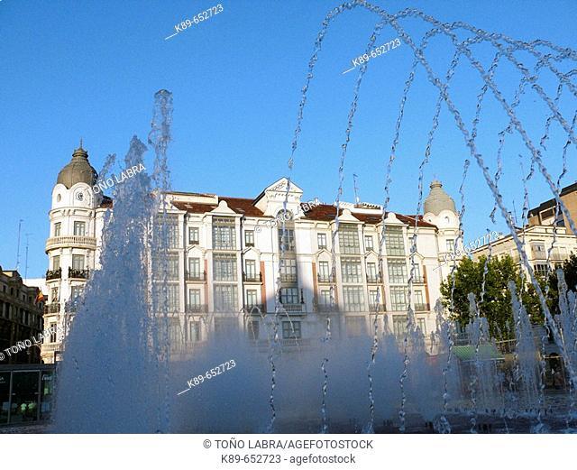 Fountain in Plaza Zorrilla, Valladolid. Castilla-Leon, Spain