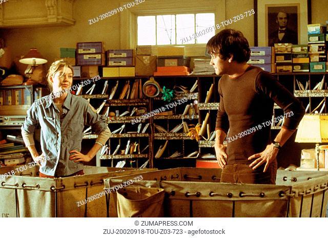 Sep 18, 2002; Los Angeles, CA, USA; (L-R) ELLEN POMPEO and JAKE GYLLENHAAL star in 'Moonlight Mile.'. (Credit Image: ZUMA Press/ZUMAPRESS