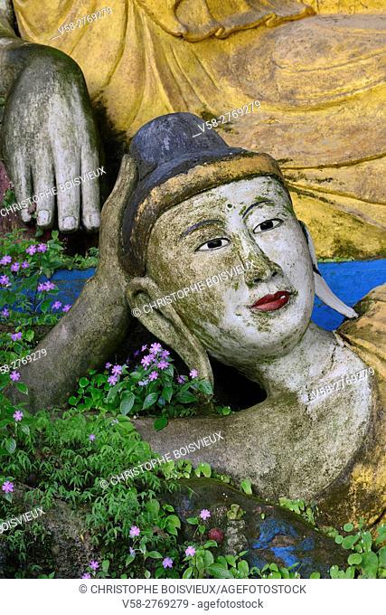 Myanmar, Kayin (Karen) State, Hpa-An surroundings, Kaw Ka Thawng caves, Buddha statue