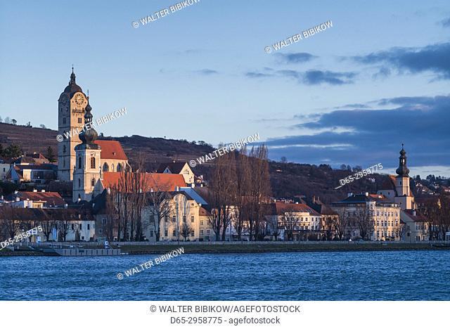 Austria, Lower Austria, Stein an der Donau, town view from the Danube River, dawn