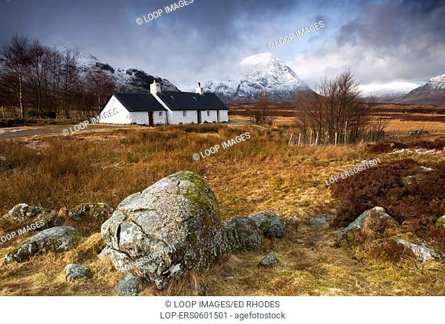 Blackrock Cottage and the Buchaille Etive Mor in winter