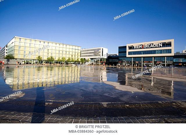 Germany, Bavaria, Munich, Riem-Arcaden, Dorint Novotel, Willy-Brandt-Platz, wells