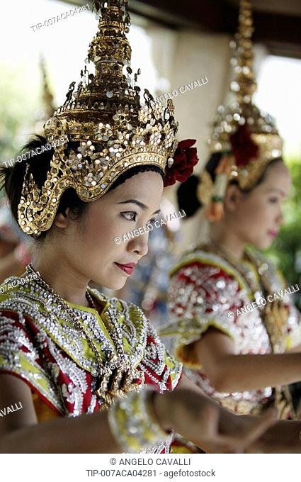 Portrait of thai classical dancer