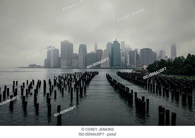 Foggy view of Manhattan skyline, New York, USA