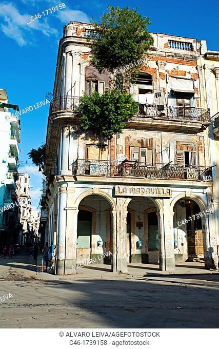 Street, Havana Vieja District, La Havana, Cuba