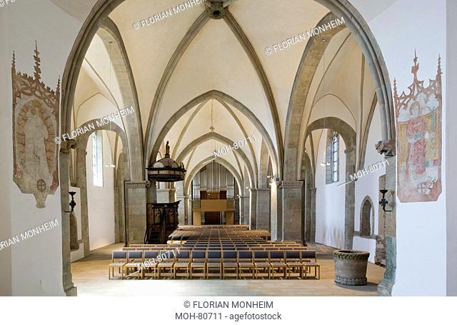 Schwerte, Kirche St. Viktor, Innenraum mit neuer Orgel