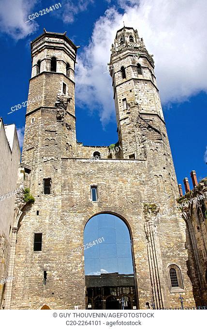 Ancient cathedral Old Saint Vincent, ( 11th 16th c. ), Macon Saône et Loire, 71, Bourgogne, France