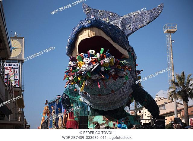 "During the parade on the waterfront socallled """"paseggiata"""". Allegorical carriages.The whale, with clear reference to the problem of pollution of the seas"