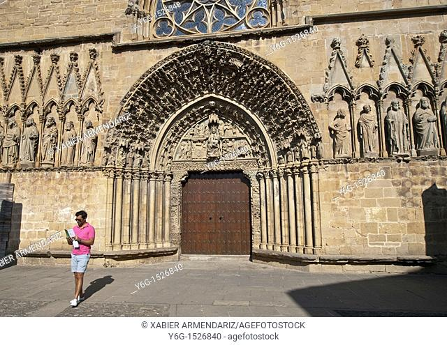 Portico of the main facade of the church of Santa Maria in Olite, Navarra, Spain, Europe