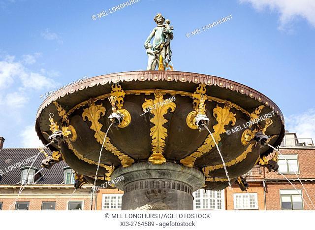 Caritas Fountain, also called Caritas Well, Gammeltorv, Copenhagen, Denmark