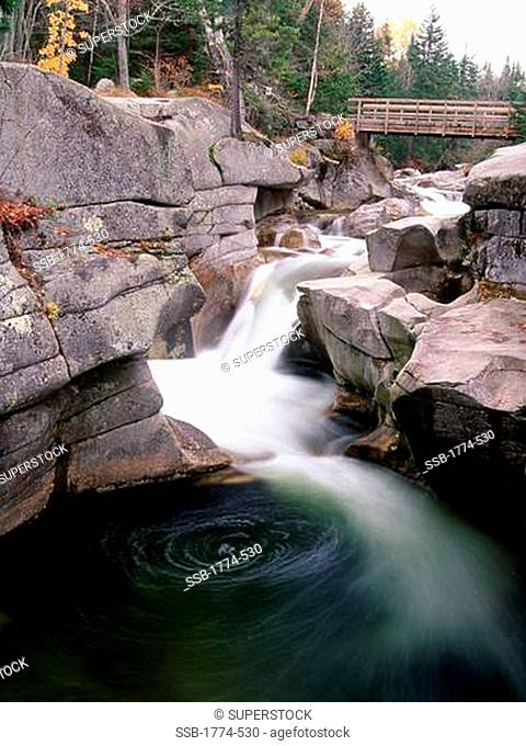 Water flowing through rocks, Ammonoosuc River, White Mountain National Forest, New Hampshire, USA