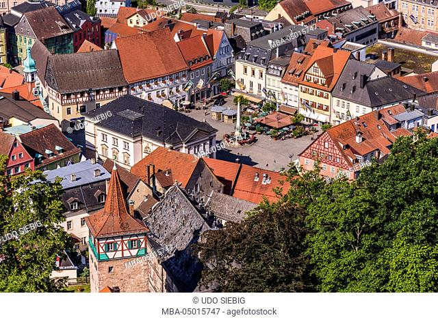Germany, Bavaria, Upper Franconia, Kulmbach, Old Town, market place, red tower, View from Veste Plassenburg