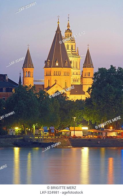 St. Martin and St. Stephan cathedrals, Mainz, River bank, Rhenish Hesse, Rhenish Hesse, Rhineland-Palatinate, Germany, Europe