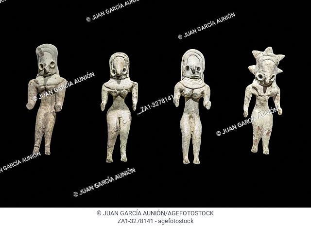 Clay figurines from late Mehrgarh Indus Valley people, 3000 BC