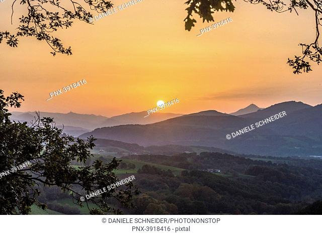 Spain, Basque Country, Baztan valley, sunset seen from the road of the col d'Ispeguy (mountain pass)