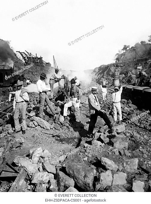 EV1818 - Work crew drilling through solid rock to create the Panama Canal, Panama, 1906. Courtesy: CSU Archives / Everett Collection
