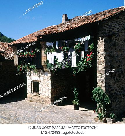 Bárcena Mayor. Cantabria, Spain