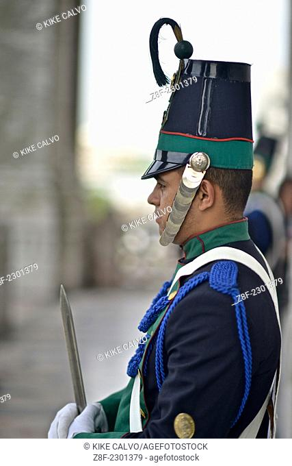 "Parliament National guards in traditional uniform. Also known as """"Blandengues"""""