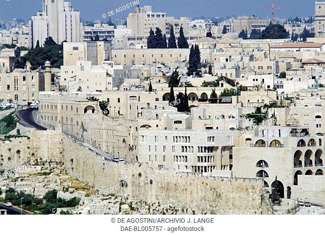 View of the Jewish quarter with a section of the wall, Old City of Jerusalem (Unesco World Heritage List, 1981), Israel