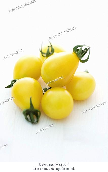 'Yellow Submarine' (tomato variety)