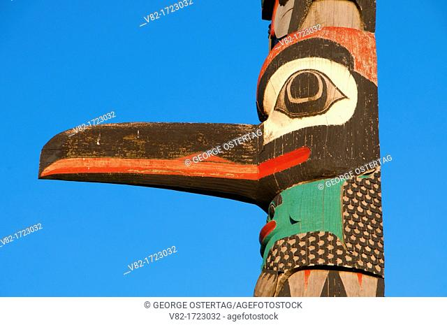 Totem pole, Little Creek Casino Resort, Mason County, Washington