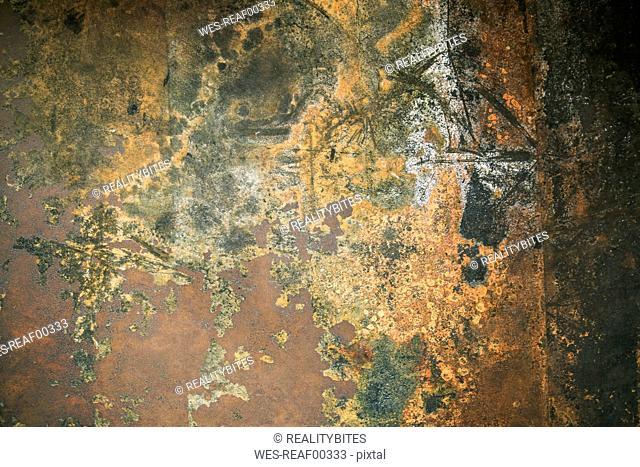 Corten wall in bathroom, close-up