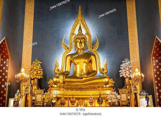 Thailand, Bangkok, Wat Benchamabophit aka The Marble Temple, Buddha Statue in The Main Hall