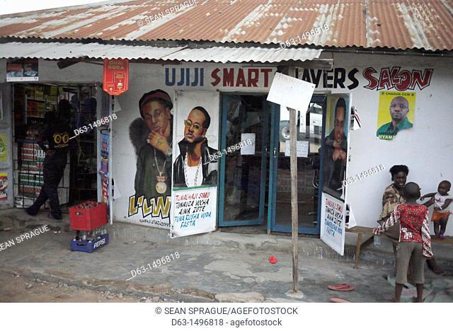 Small shops, street scene in Mabatini, Mwanza, Tanzania