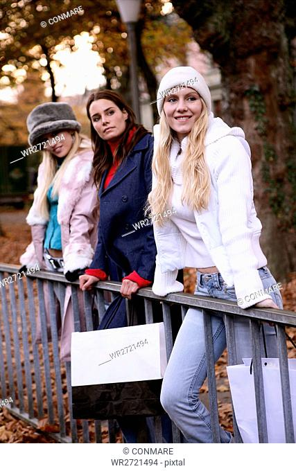 women, outdoor, park, urban, watching, young adult