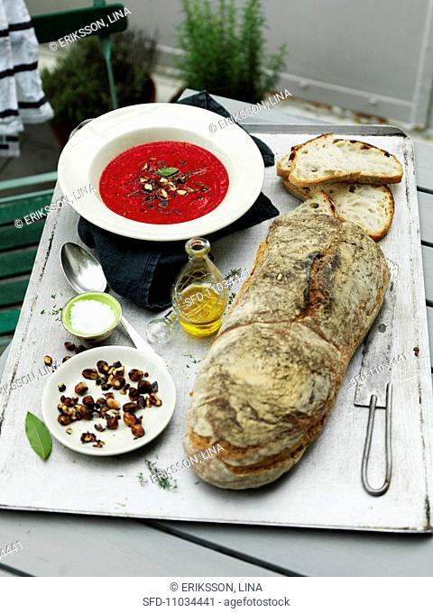 Beetroot soup with fresh white bread