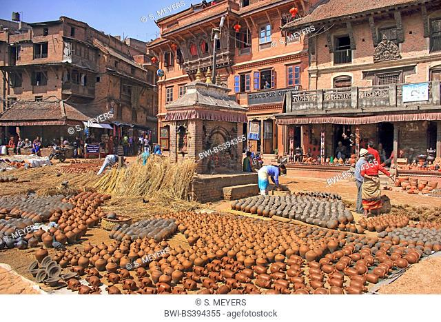 pottery square in the old city, Nepal, Kathmandu, Bhaktapur