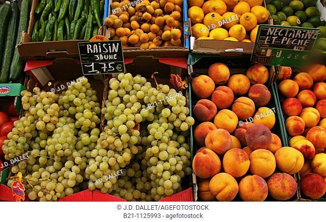 Fruits, Gironde, Aquitaine, France