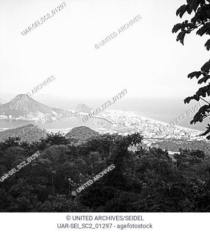 Küste bei Rio de Janairo, Brasilien 1966. Coast at Rio de Janairo, Brazil 1966
