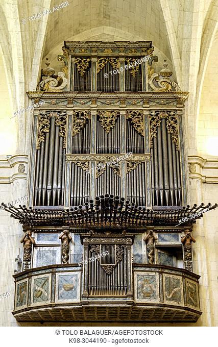 Órgano de la Iglesia Parroquia, Iglesia de Sant Miquel,. siglos XVI y XVII ,varios estilos arquitectónicos, predominado el neogótico, Felanitx, Mallorca